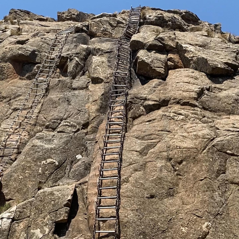 Drakensburg Amphitheater chain ladders